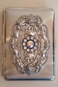 Antique Style Detailed Card Case