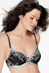 Wacoal Embrace Lace Underwire Bra Cup